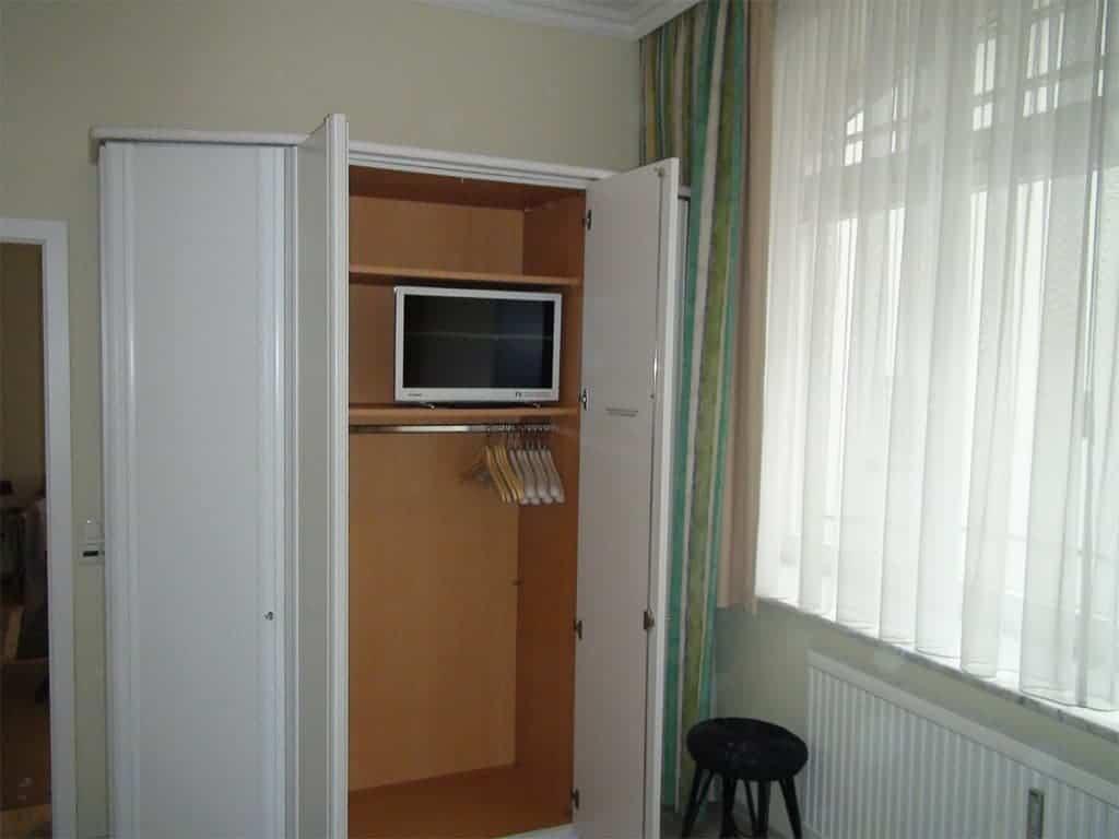 Villa Sirene Ferienwohnung: Schlafzimmer mit LED-TV