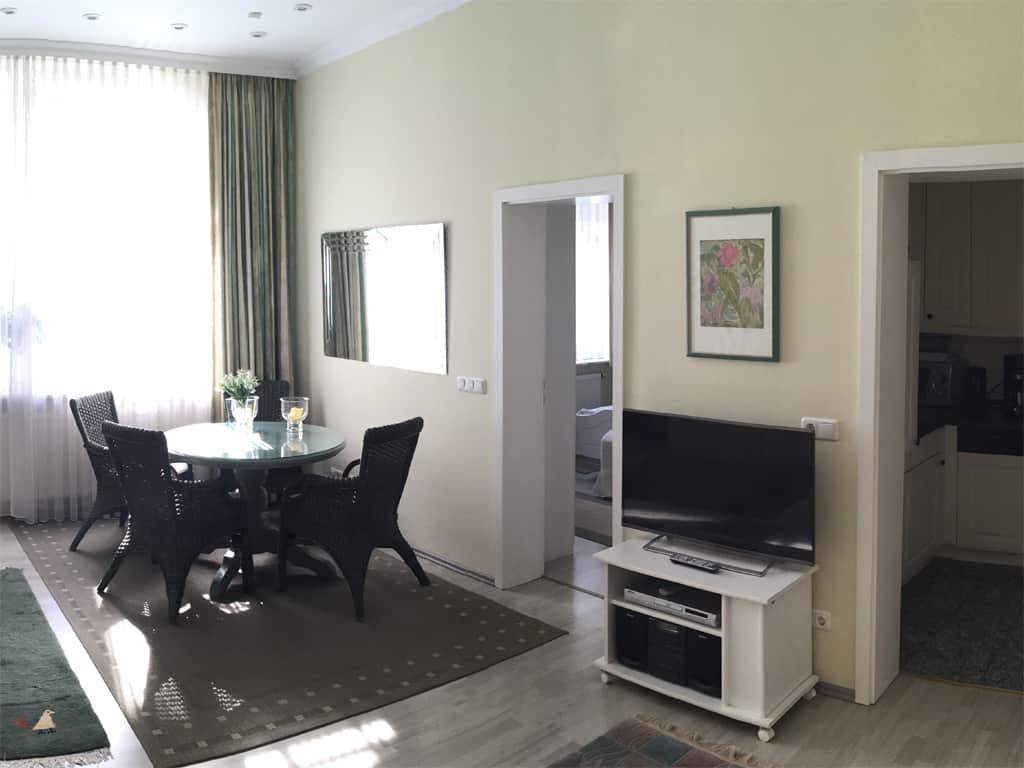 Villa Sirene Ferienwohnung: Kabel-TV mit großem LCD-Flachbildschirm